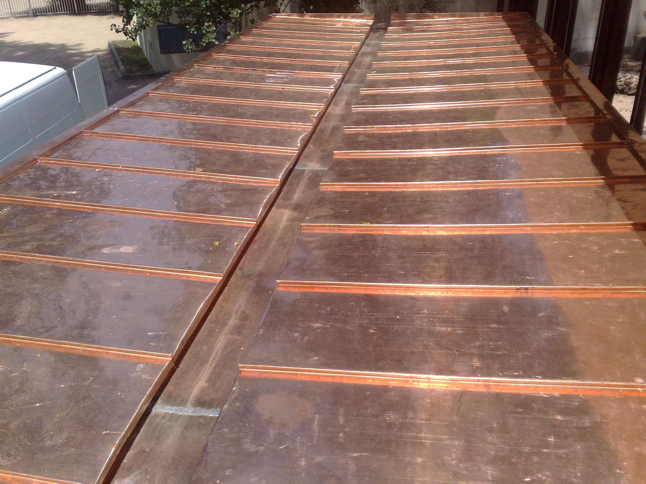 cubierta de cobre en parque castrelos, Vigo